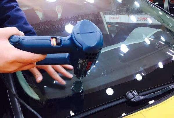 集宁汽车贴膜是贴里面还是外面,汽车贴膜有什么好处?
